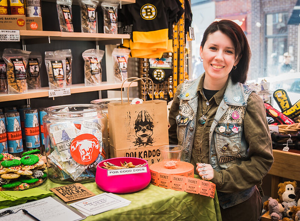 Kiana from Polkadog on Salem Street (Human nibbles by Neptune Oyster and Mike's Pastry)