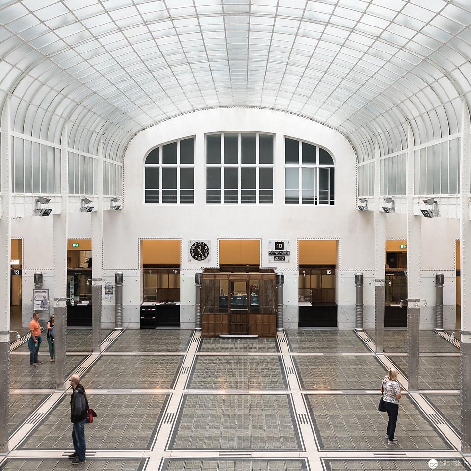 Kassenhalle der Postsparkasse Wien von Otto Wagner