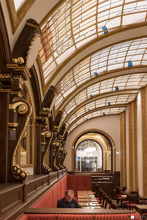 Architekturfotografie in der Conditorei Sluka Kärtner Straße