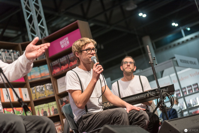 5/8erl in Ehr'n Eröffnungskonzert der Buch Wien 2017