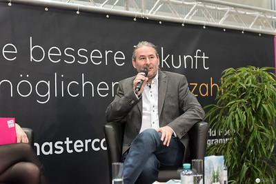 Gerald Eschenauer - Es regnet Liebe