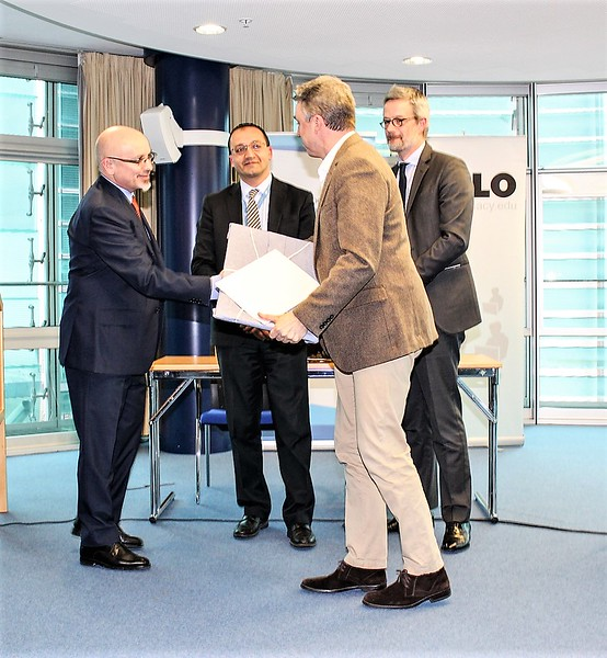 Mr Thomas Pierce, representing the Permanent Mission of the USA to the UN in Geneva, receiving the Geneva Engage Award 2017 in the Permanent Missions category, from Dr Jovan Kurbalija (left), director of DiploFoundation and head of the Geneva Internet Platform, Salman Bal (second from left), Chief of Political Affairs and Partnerships at the United Nations Office in Geneva, and Mr Olivier Coutau, Delegate for International Geneva, Republic and State of Geneva