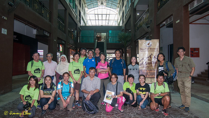 Group photo on Day 1 before leaving for Sipitang.