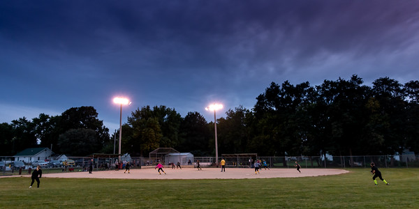 9-27-2018  270/365  Thursday night lights Golden Girls style.   Photo taken with a Sony RX100M4  ISO 500  1/100th at F4  (165322)