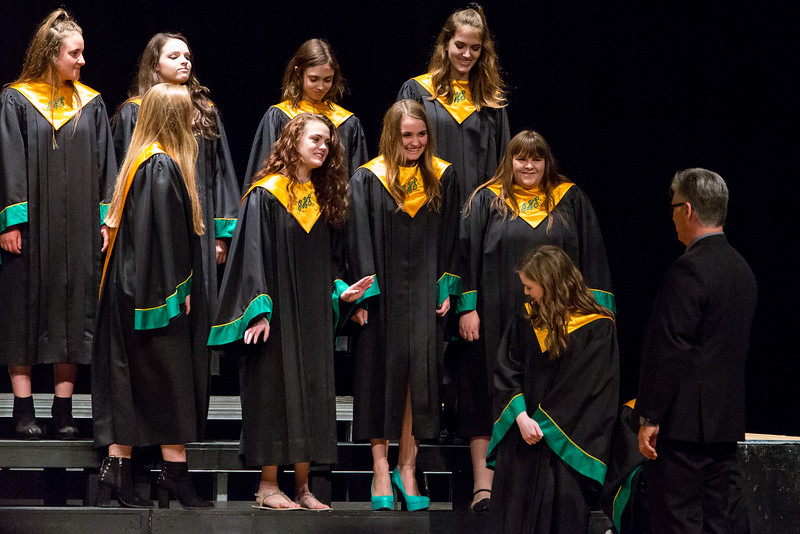 GHS Choir-1365.jpg
