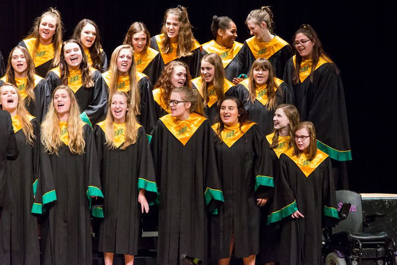 GHS Choir-1406.jpg