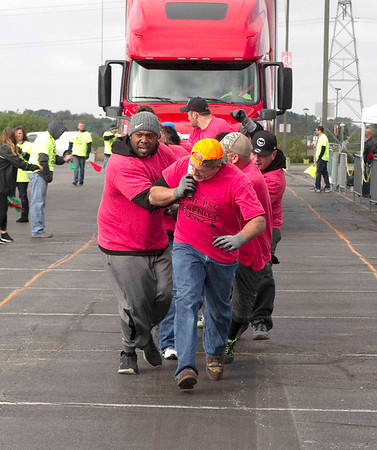 Bob Hickey | For The Herald Bulletin<br /> Team Serenity force pulls in the Semi-finals and end the day with the fastest pull of 21.0 seconds.