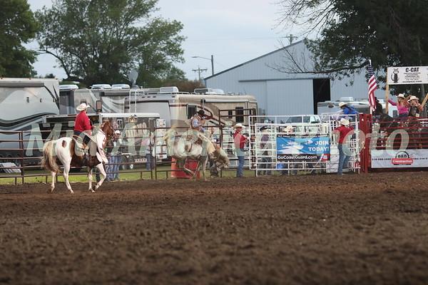 Saddle Bronc rider Taylor Tupper