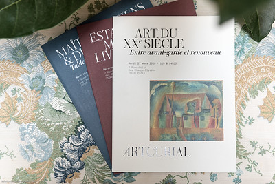 Ausstellung von Einrichtungsgegenständen vom Hotel Ritz in Paris in Wiener Ausstellung.
