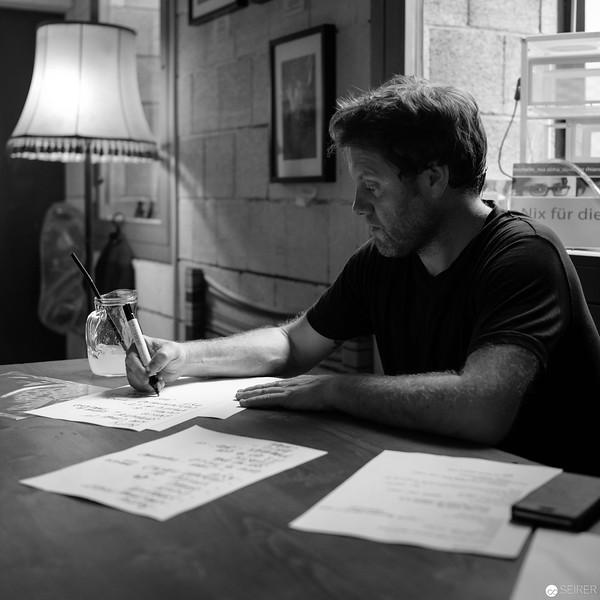 Shane Ó Fearghail in concert at Cafe Siebenstern, 2018-07-27