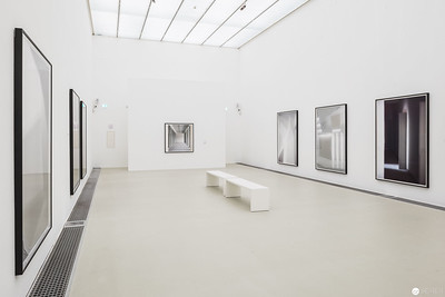 "Eva Schlegel ""Spaces"" - Kunsthalle Krems"
