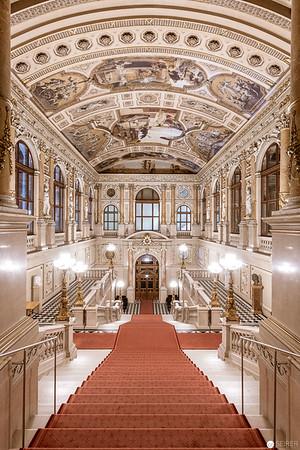 Feststiege im Burgtheater