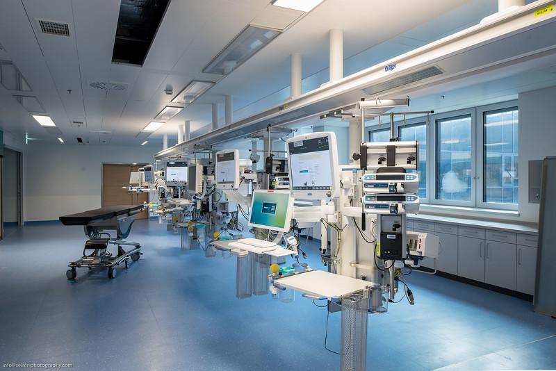 Modernste Technik im neuen Haus C der Universitätsklinik St. Pölten vor der Eröffnung