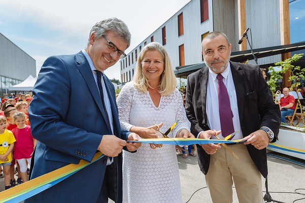 Inauguration du college de Gilly
