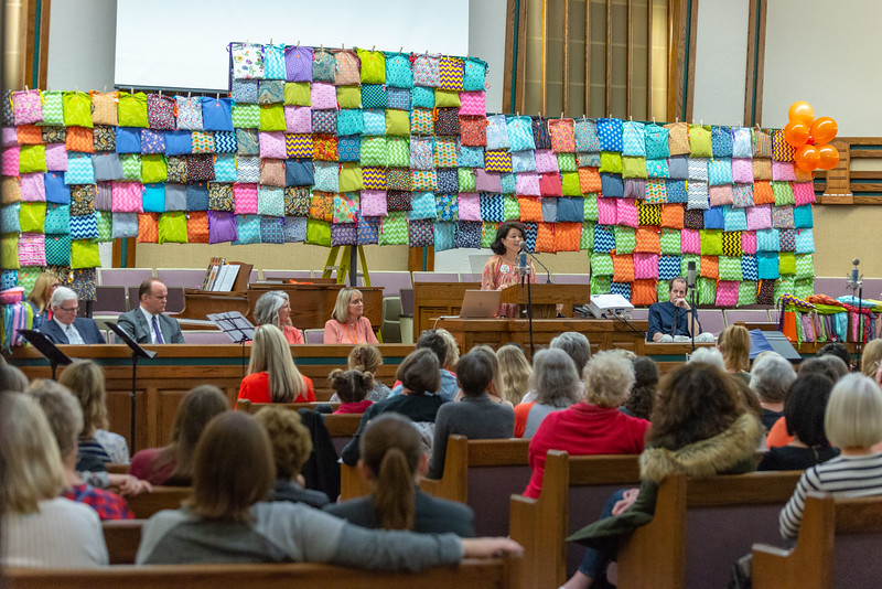 2me276-2019-03-02 Mormon Newsroom -Days for Girls -6476