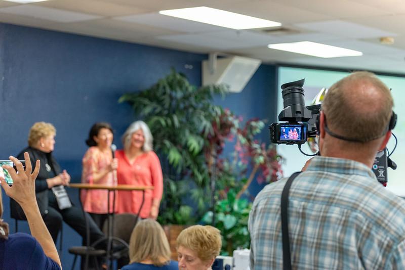 2me070-2019-03-02 Mormon Newsroom -Days for Girls -6384
