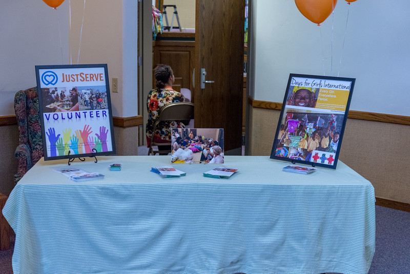 2me290-2019-03-02 Mormon Newsroom -Days for Girls -8431