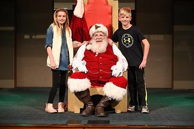 2019-12-04 Wells Fargo Santa Event0585
