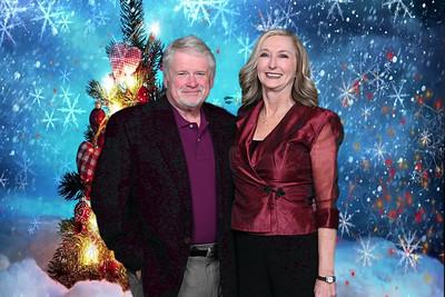 2019-12-13 CHS Holiday Greenscreen Party0103christmas-tree-hearts