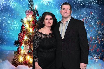 2019-12-13 CHS Holiday Greenscreen Party0105christmas-tree-hearts