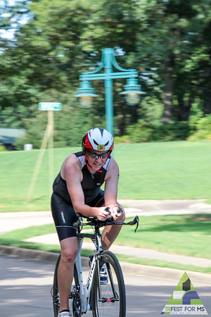 After a break in the afternoon, the second day of Trifest ended with the super sprint distance.