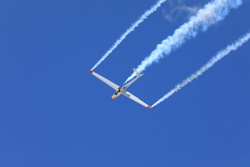 Bob Carlton's Vertigo Airshows Super Salto Aerobatic Demonstration