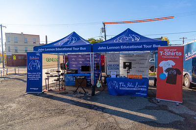 2019_10_21, PA, Philadelphia, Strawberry Mansion High School, Tents, Establishing