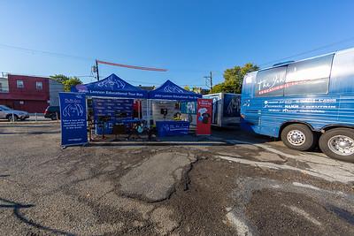 2019_10_21, PA, Philadelphia, Strawberry Mansion High School, Bus, Establishing