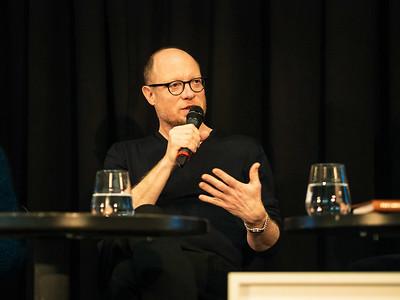 """Stefan Oláh bei der Buchpräsentation """"Karl Schwanzer Spuren"""" im Wien Museum"""