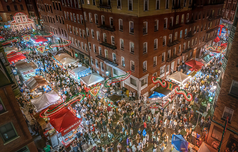 Saint Anthony's Centennial Feast lights up the North End streets -Photo by @matthewjconti