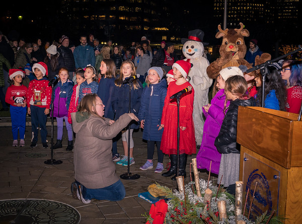 NEMPAC children's chorus sings carols