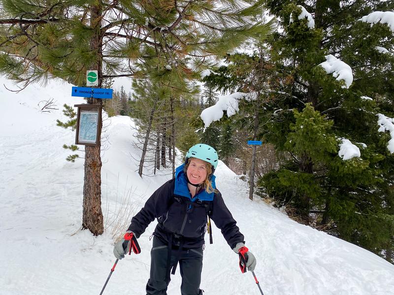 Coming out of Tronsen Meadows. Fun ski down :-D