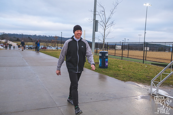 Rain the day before, made for a muddy wet course out at Fayetteville Parks and Recreations Frozen Toes Trail Run.  This year debuted a 5k to go along with the normal 15k route.