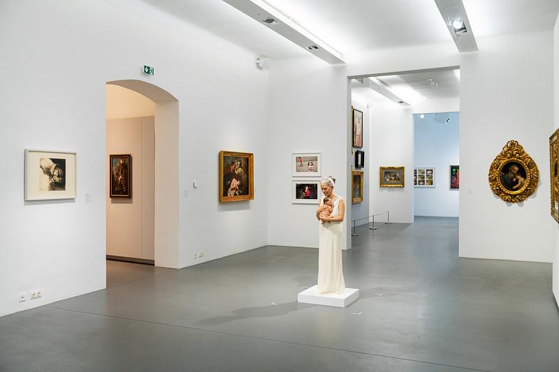 "Ausstellung ""Family Matters"" im Dommuseum Wien"