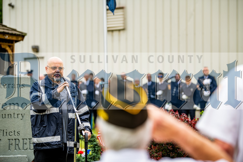 Shawn Bailey of Mileses lent his powerful singing voice to the singing of the national anthem.