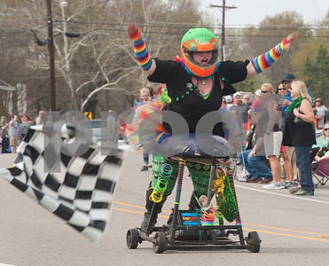 Barstool Race