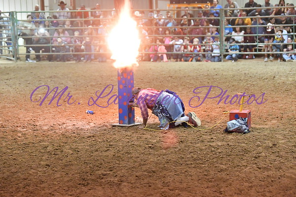 Derek Anglin Cleaned a hat of one lucky audence member during the Bull RIding at the Kerr County Fair