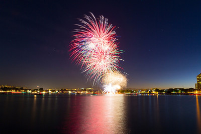 Fireworks. Foster City 4th of July in 2013