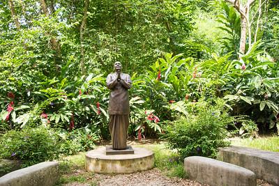 20160728_Meditation at the PR Statue_005