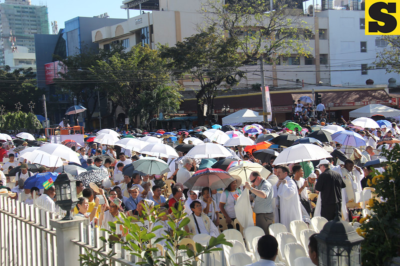 People started to flock to Capitol for the IEC Mass