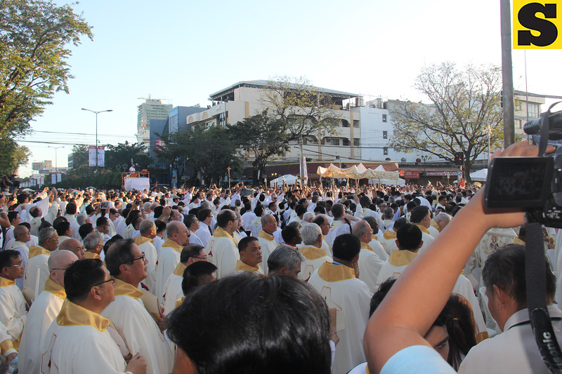 Bishops and priests lead the grand procession after the IEC Capitol Mass