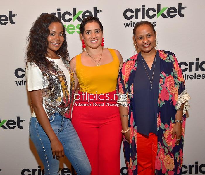5.10.18 CRICKET WIRELESS ACTIVATION MOTHER'S DAY GIVEAWAY @12 MUSIC STUDIO
