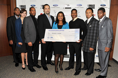 FORD MOTOR COMPANY SPONSORS 5TH ANNUAL NAACP IMAGE AWARDS HOLLYWOOD SYMPOSIUM HELD AT THE ACADEMY OF TELEVISION ARTS & SCIENCES AT THE GOLDENSON THEATRE IN NORTH HOLLYWOOD CALIFORNIA ON FEBRUARY 9, 2009 BEN JEALOUS, AND PAMELA ALEXANDER PRESENT CHECK TO PEACE 4 KIDS ORGANIZATION