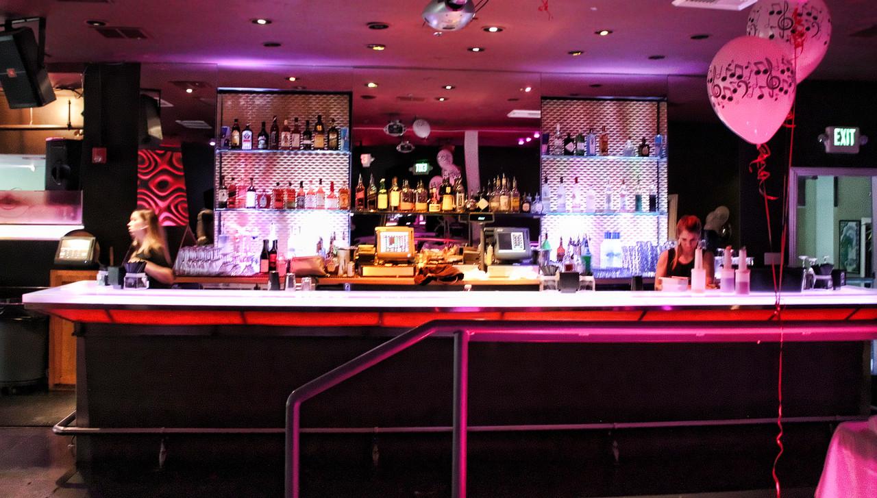 The bar at Momo Lounge