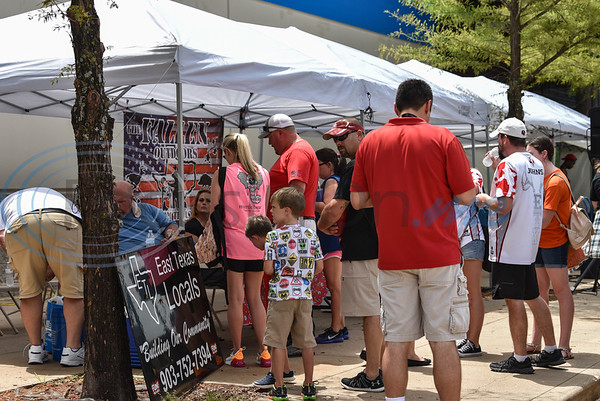 Tyler residents gathered at Gander Outdoors for the Gander Outdoor Fest on Saturday, June 22. The event was coordinated by the East Texas Locals group. (Jessica T. Payne/Tyler Morning Telegraph)