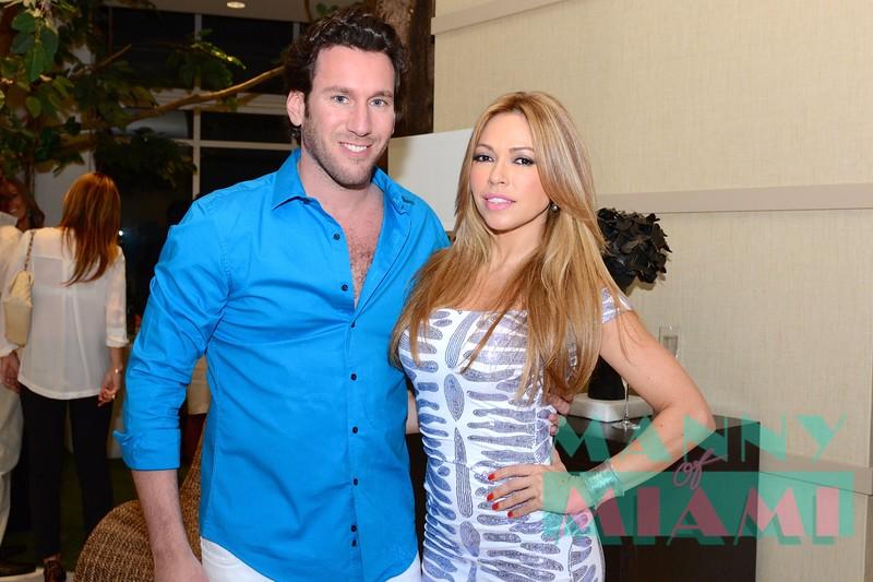 Gustavo Stallnikoff, Claudia Molina