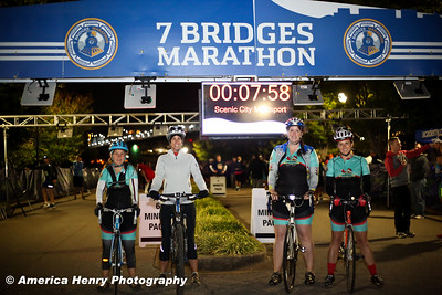 7 Bridges Marathon WEB 10 19 14 (206 of 326)
