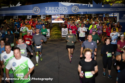 7 Bridges Marathon WEB 10 19 14 (221 of 326)