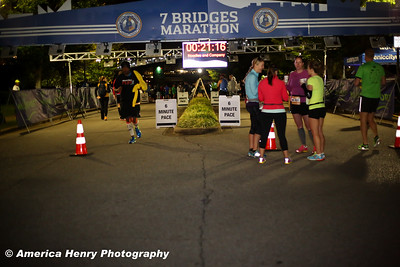 7 Bridges Marathon WEB 10 19 14 (202 of 326)