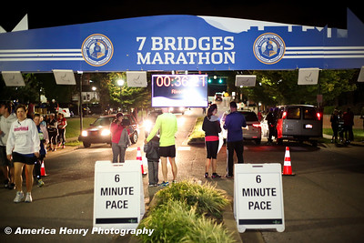 7 Bridges Marathon WEB 10 19 14 (198 of 326)